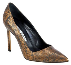 Manolo Blahnik Speckled Bb BRONZE Pumps
