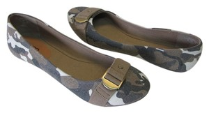 Bongo New Size 11.00 M Excellent Condition Brown, Gray, Neutral Flats