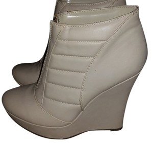 Michael Antonio Cream Boots
