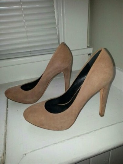 Dolce Vita Tan Suede Pumps