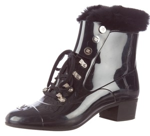 Chanel Leather Jelly Rubber Rain Rain Ankle Fur Faux Fur Embellished Textured Silver Silver Hardware Interlocking Cc Logo 37 Black Boots