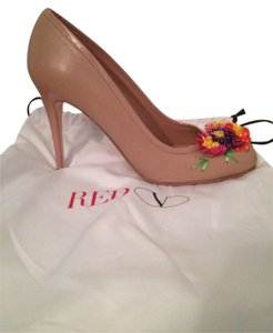 RED Valentino Beige Pumps