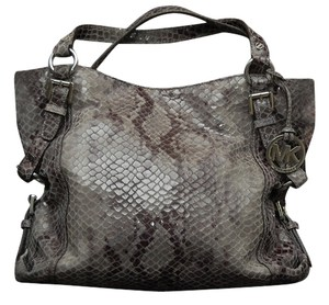 Michael Kors Cross Body Messenger Leather Snake Snakeskin Python Silver Chain Shoulder Bag