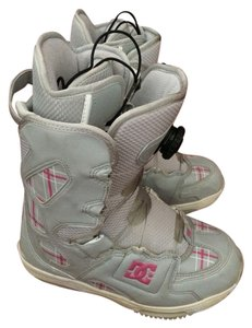 DC Shoes Snowboarding Snowboarding Water Resistant Snow Boa Snowboard Scout Grey And Pink Boots
