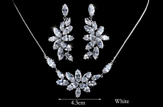 Flower Marquise-cut Swiss Cubic Zirconia Diamond Bridal Necklaces And Earrings Jewelry Set