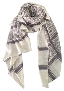 Twelfth St. by Cynthia Vincent Twelfth St. by Cynthia Vincent White and Grey Cashmere Scarf