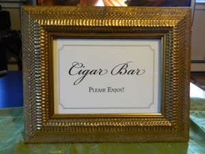 Gold Cigar Bar Sign