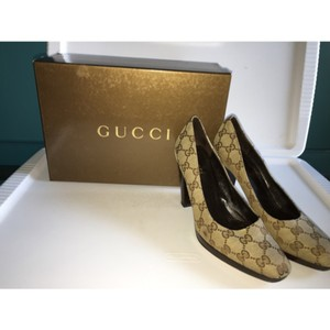 Gucci Brown/Tan Pumps