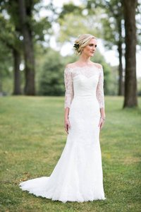 Ovias White Lace Feminine Wedding Dress Size 0 Xs Tradesy