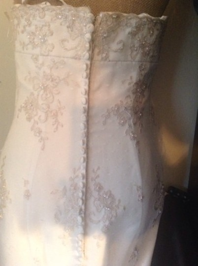 Justin Alexander Ivory Unknown Modern Wedding Dress Size 8 (M)