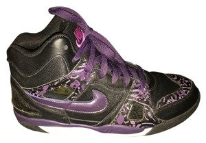 Nike Black, Pink, Purple and White Athletic