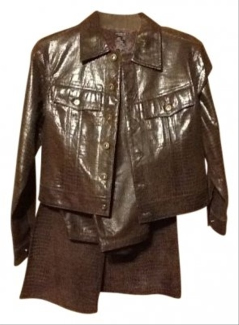 Preload https://img-static.tradesy.com/item/10034/leather-at-its-finest-pant-suit-size-10-m-0-0-650-650.jpg