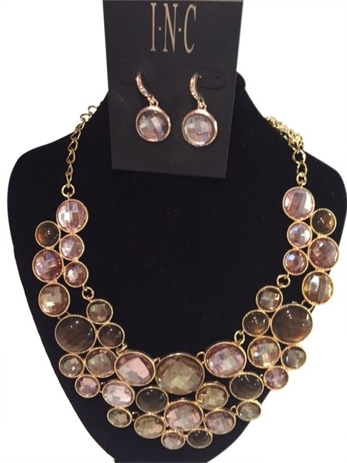 Item - Gold Bronze Light Purple I.n.c. and Only Necklace