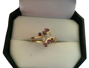Kay Jewelers RUBY & DIAMOND RING SET IN GOLD SIZE 6.5 BEAUTIFUL GIFT