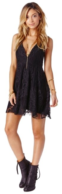 Item - {nwt} Reign Over Me Mid-length Night Out Dress Size 4 (S)