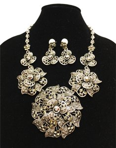 Other Steel Blossoms Suite; Necklace and Earrings [ Roxanne Anjou Closet ]