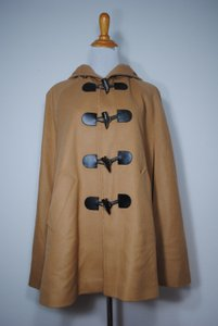 Burberry Poncho Wool Toggle Cape