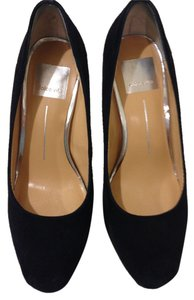 Dolce Vita 6.5 M Almond Toe Black Suede Pumps