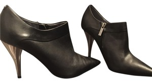 Kenneth Cole Bootie Black Boots