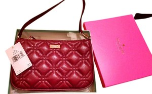 Kate Spade Astor Court Wristlet in red