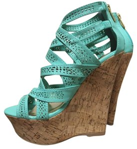 Dollhouse Event mint Wedges