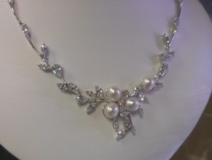 Silver/Rhodium Elegant Fresh Water Pearls Crystals Jewelry Set
