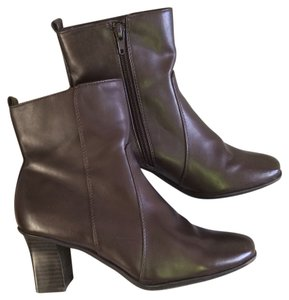 Croft & Barrow Brown Boots