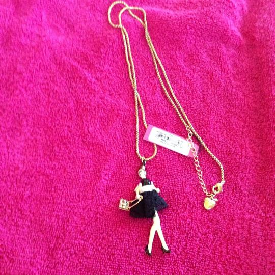 Betsey Johnson Betsey Johnson Paris Girl long Pendant B07845-N01 NWT