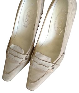 Tod's Light gray. Pumps