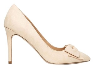Forever 21 Faux Suede Bow Cream Pumps