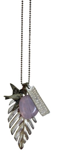 Preload https://item4.tradesy.com/images/boutique-charm-necklace-1006738-0-0.jpg?width=440&height=440