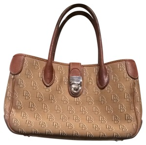 Dooney & Bourke Satchel in Tan Brown