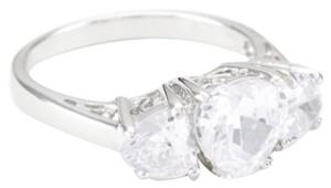 Diamondesse Diamonesse Sterling Silver 3 Stone Heart Zirconia Ring