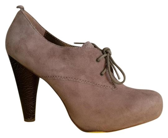 Twelfth St. by Cynthia Vincent Taupe Boots