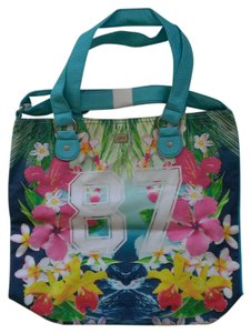 Aéropostale Beach Tote in multi-color