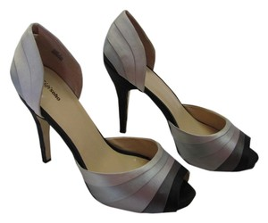 ZIGI soho Size 10.00 M Leather Soles Very Good Condition Gray, Neutral, Black Platforms