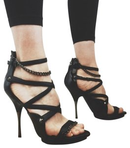 Rock & Republic Studded Patent Studs Chains black Sandals