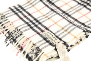 Burberry BURBERRY UNISEX CHECK WOOL SCARF USED soft 9/10