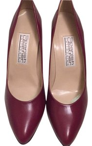 Spanish leather collection by sergie zelcer Burgendy Pumps