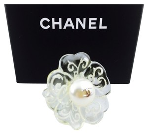 Chanel Vintage Chanel Flower Faux Pearl Cocktail Ring Size 6