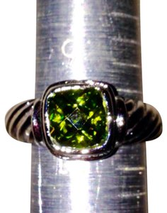 Premier Designs Premier Designs Green Peridot Color Silver Ring