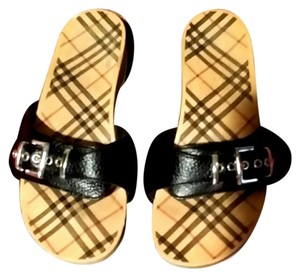 Burberry Sandles !!** SO CUTE **!! Nova Plaid Sandals