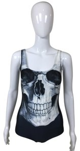 Other Skull One Piece