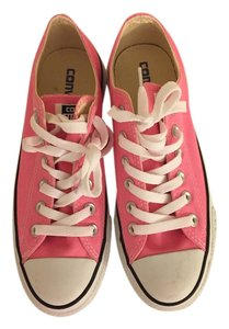 Converse Monogram Low Top Pink Athletic