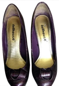 Dollhouse Plum Pumps