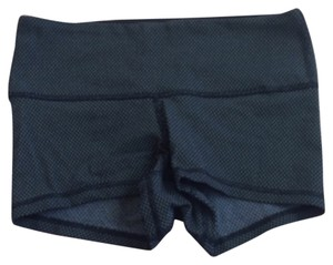 Lululemon Like New Lululemon Boogie Shorts Black Diamond White Size 4