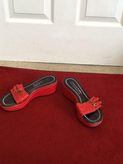 Donald J. Pliner Spia Nwob Never Worn Red Sandals
