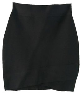 BCBGMAXAZRIA Classic Mini Winter Holiday Party Night Out Mini Skirt
