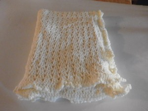 Other NEW HANDMADE UNISEX BABY BLANCKET SIZE 54X44 INCHES LIGHT YELLOW