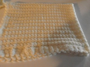 Other NEW HANDMADE UNISEX BABY BLANCKET SIZE 45X34 INCHES LIGHT YELLOW